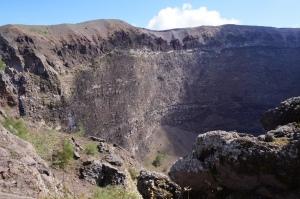 De krater van de Vesuvius